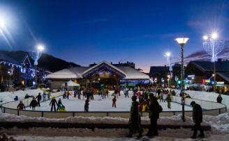 Patinoire-Station-de-ski-Les-Gets