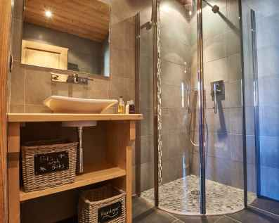 Ensuite shower room - Chalet Virolet