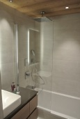 Ensuite to family room